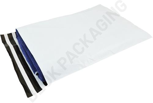 Verzendzakken 380 x 480 mm plastic (COEX) met retourstrip - per 100 stuks