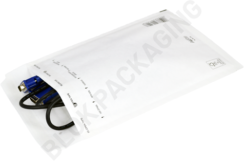 Luchtkussen envelop 150 x 215 mm wit (13/C) - per 100 stuks